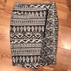 Asymmetrical zipper stretch skirt M